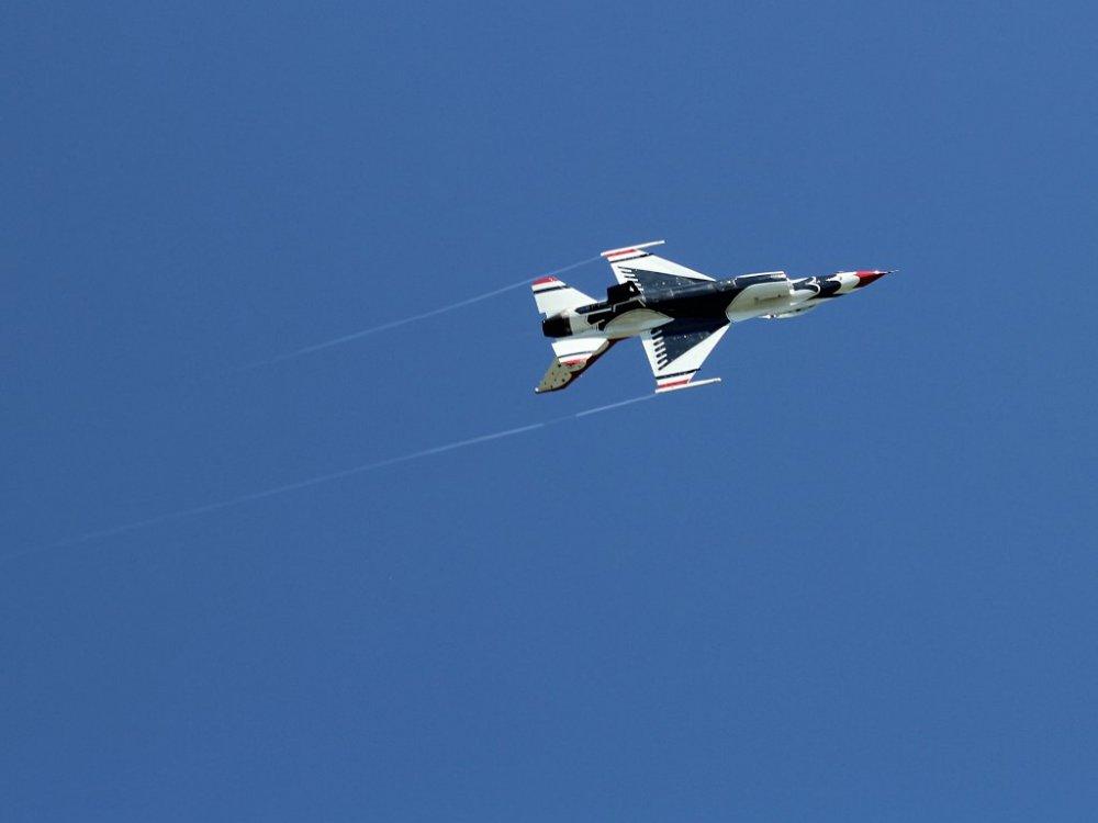 thunderbird01 2014-10-05.jpg