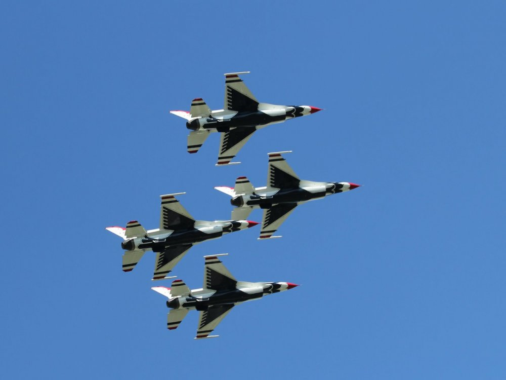 thunderbirds group of four 03.jpg